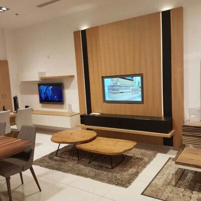 יחידת חיפוי קיר מעץ לפינת טלויזיה