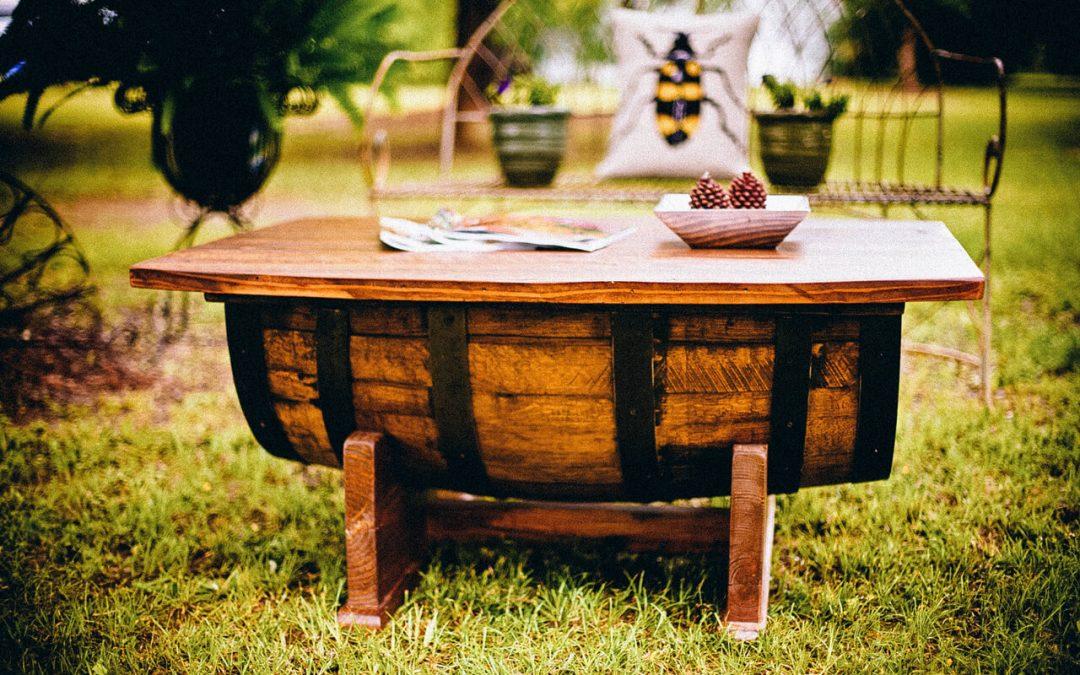 איך שומרים על ריהוט עץ בבית ובגינה – טיפים שימושיים