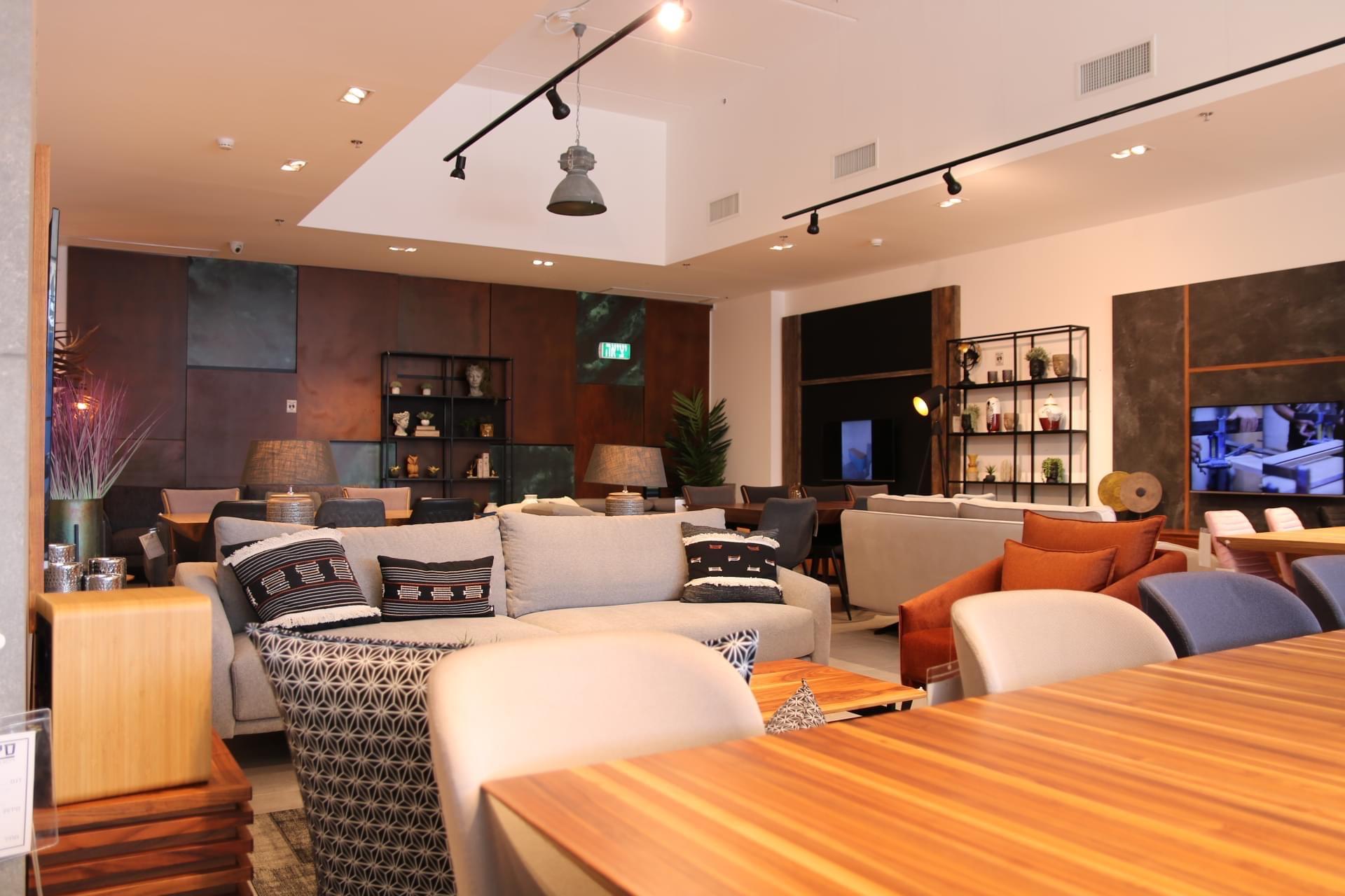 שולחנות ופינות אוכל - קומפי רהיטים