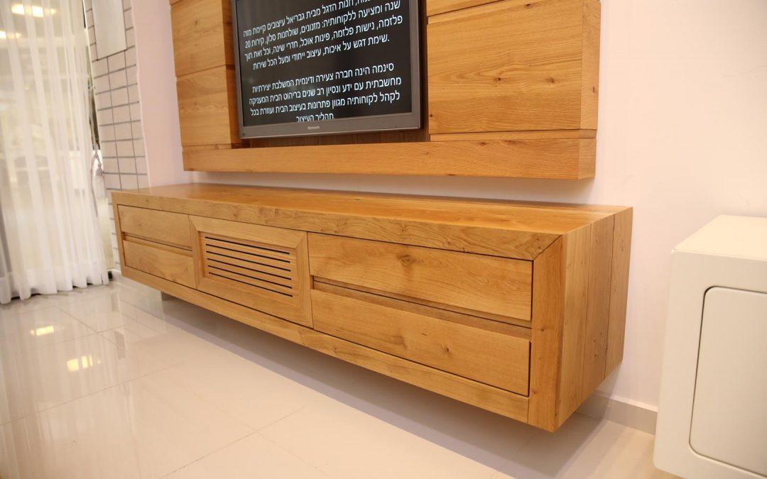 מזנון לסלון מעץ מלא