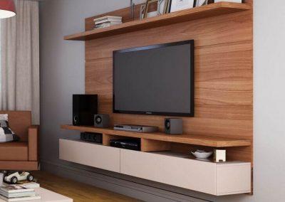 מסגרת לטלויזיה מעץ דגם 'ארמני'