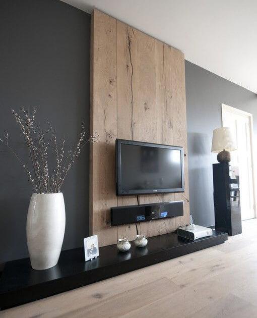 מסגרת לטלויזיה מעץ לסלון דגם 'סהרה'
