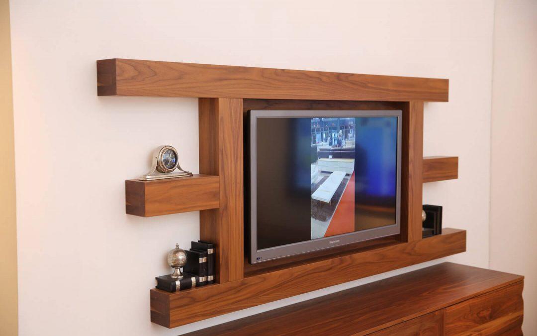 מסגרת לטלויזיה מעץ דגם 'גבריאל'