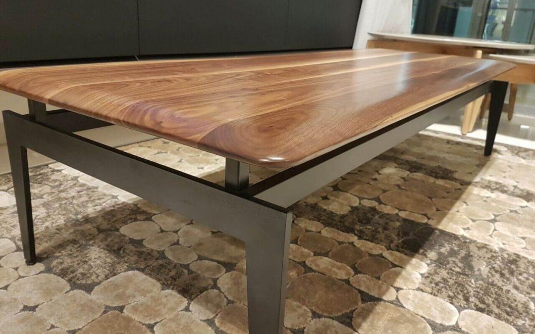 שולחן סלון מעץ דגם 'לילך'