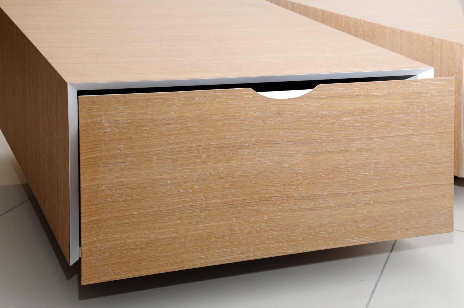 שולחן לסלון מעץ אחסון