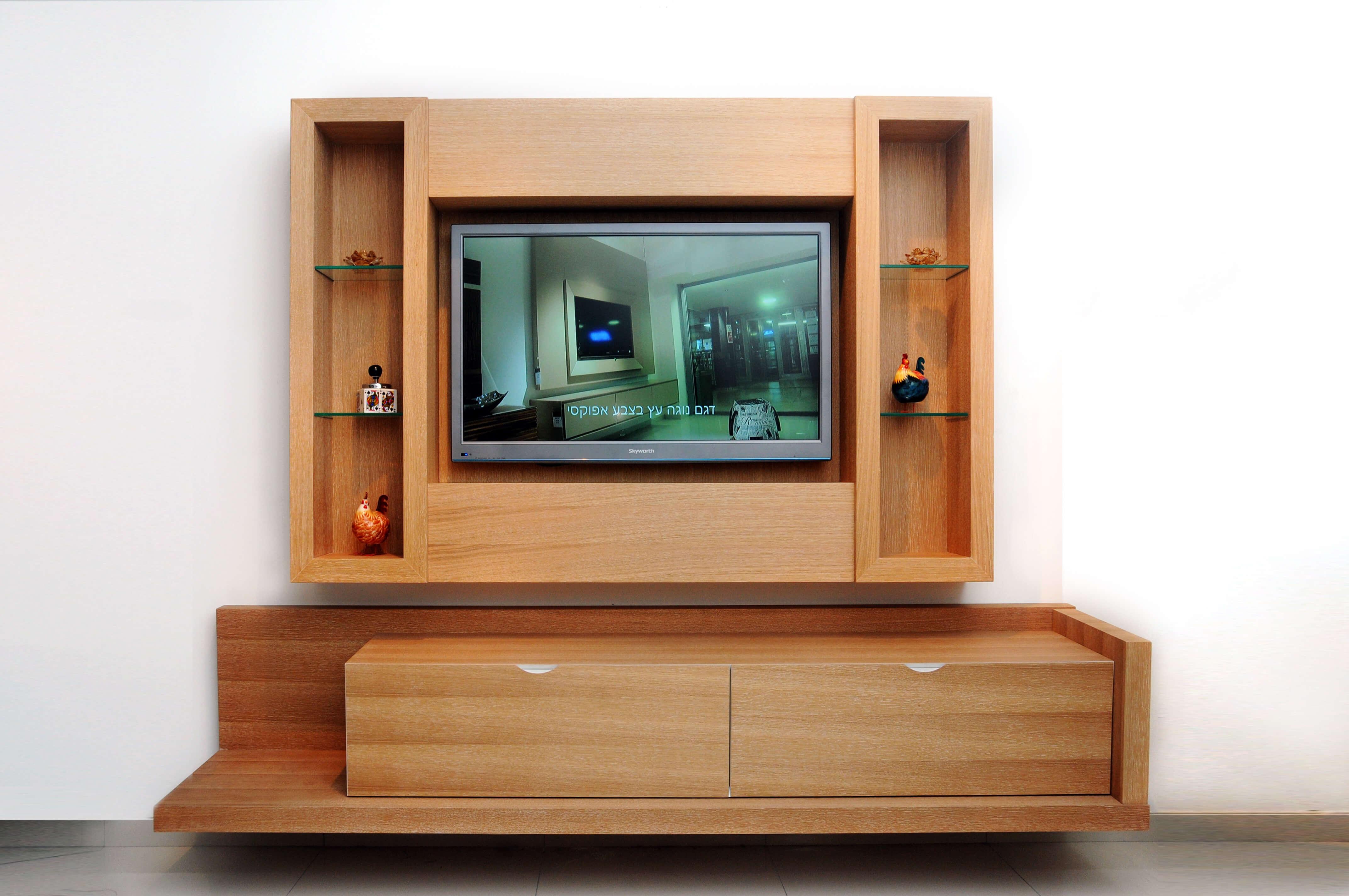 מסגרת לטלויזיה דגם שביט