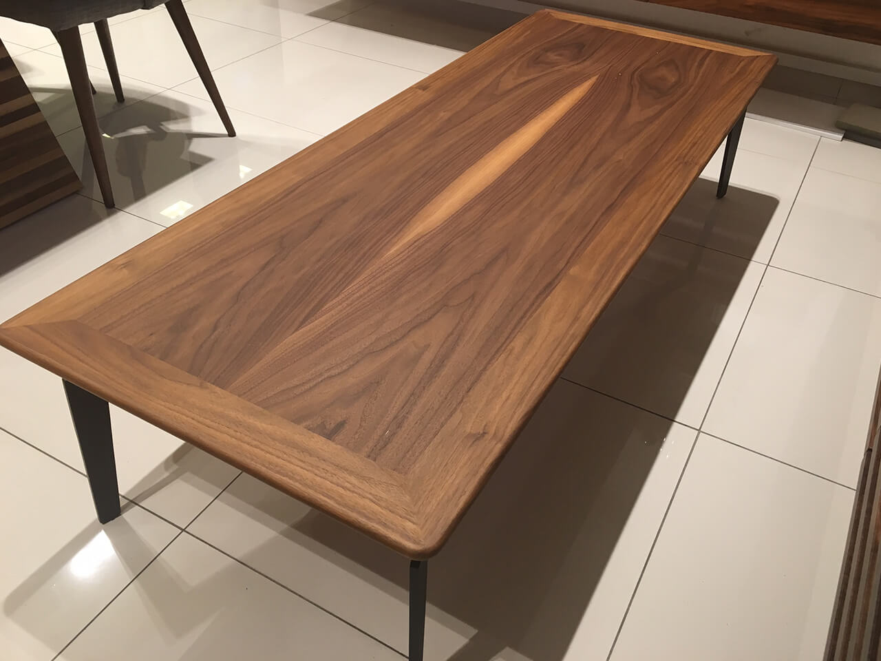 שולחן סלון לייסטים