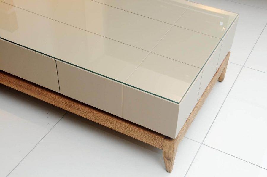 שולחן סלון מעץ נוגה